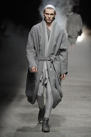 Damir Doma: ar sugrįš nomadiškos draperijos?